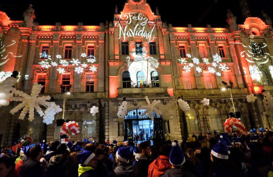 Sanidad no descarta aumentar a diez el máximo de personas reunidas en Navidad