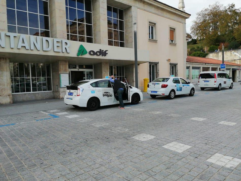 La mitad de los taxistas cántabros ha solicitado ayuda de 500 € por la covid