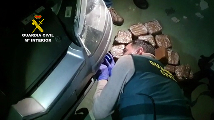 Desarticulada una línea de abastecimiento de hachís a Cantabria con 3 detenidos