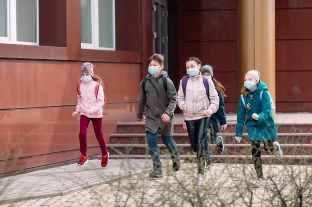 Salud Pública cierra el colegio Torreánaz de Medio Cudeyo por el aumento de contagios