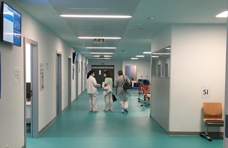 Continúan los fallecimientos y suben de nuevo los hospitalizados en Cantabria