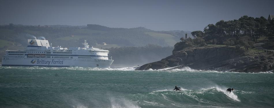Cantabria desde mañana en alerta por olas de 8 metros y vientos de 90 Km/h