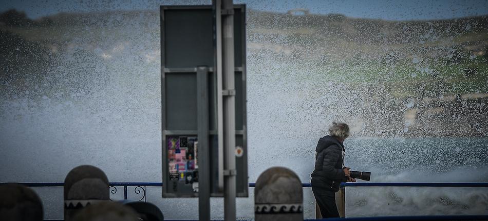 Olas de casi 12 metros en Santander