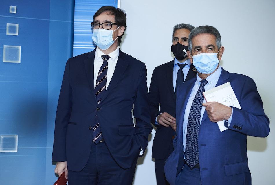 """IU insta a Revilla a pedir el confinamiento de Cantabria, """"ya vamos demasiado tarde"""""""