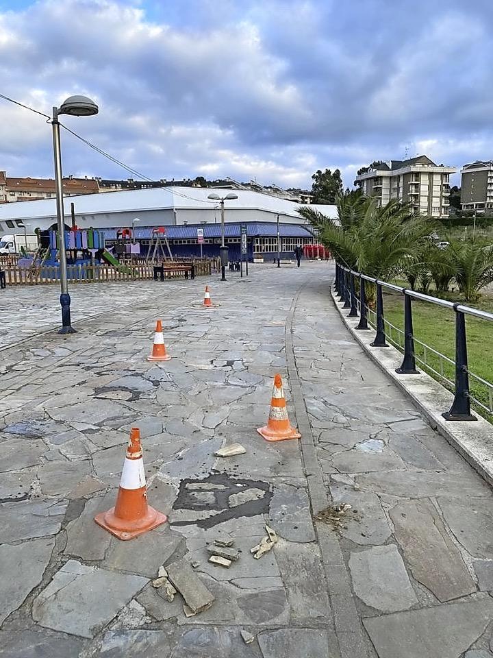 Comienza la mejora del suelo  en el Paseo  de Ostende