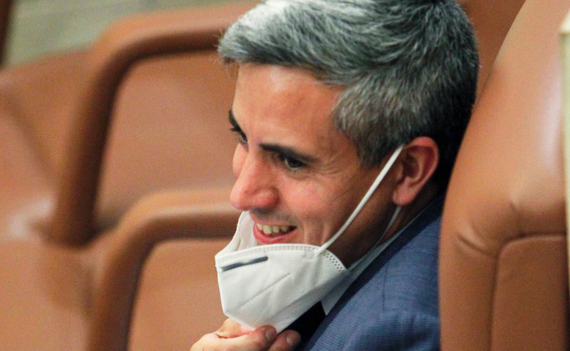 """Zuloaga llama """"trifachito"""" a la oposición"""