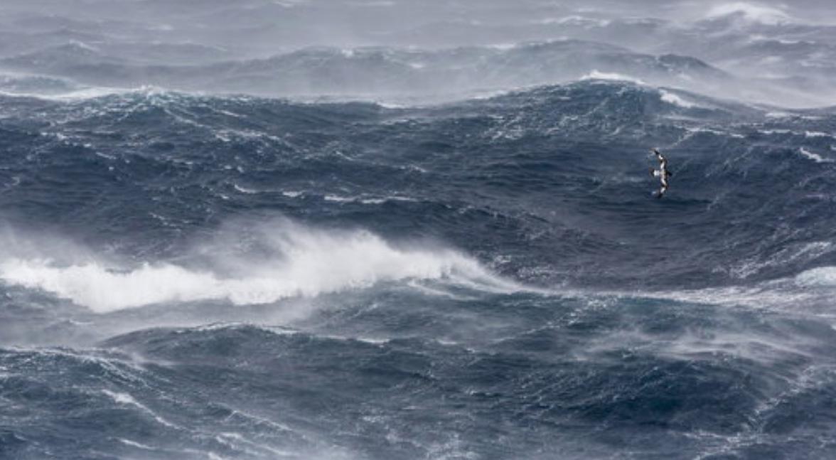 La costa cántabra, en alerta naranja al final del día por fenómenos costeros
