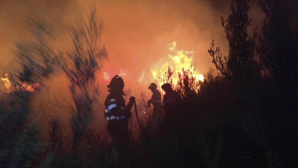 Cantabria tiene activo un incendio en Molledo y la alerta en siete comarcas forestales