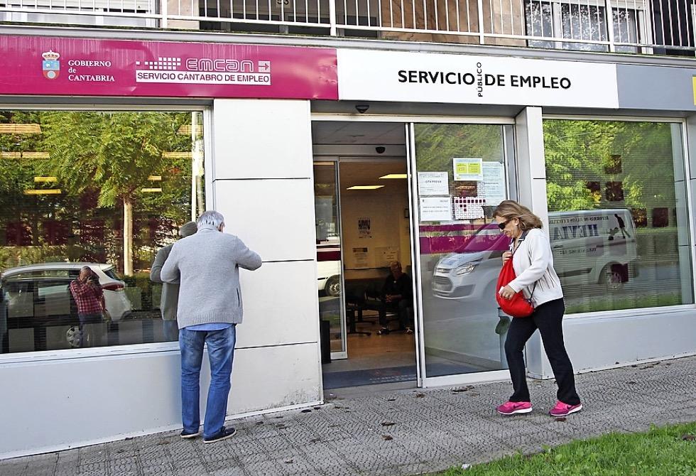 El paro en Cantabria se dispara con 45000 personas afectadas