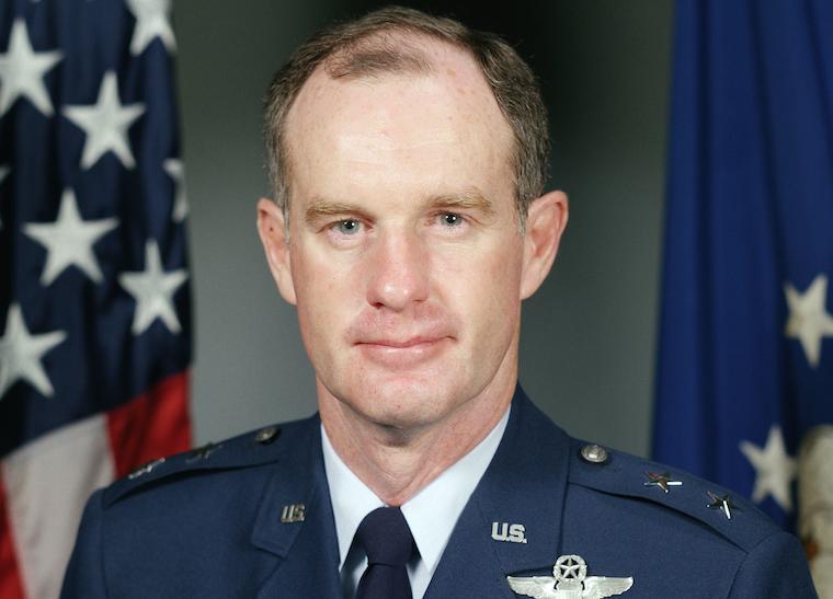 Teniente General Thomas G. McInerney como General de División, USAF - 1983 (Foto: Fuerza Aérea de los Estados Unidos/dominio público)