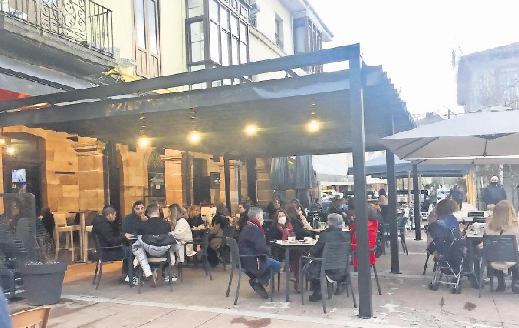 La Mesa del Besaya pide retirar las estructuras «abusivas» de las terrazas