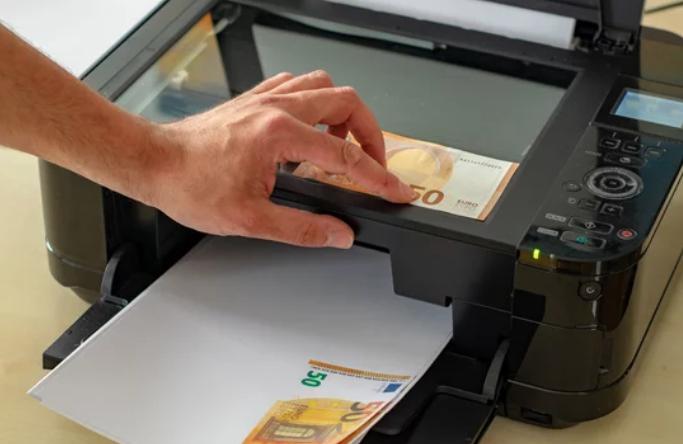 Fabricaban en Cantabria los billetes de 20 euros mediante una fotocopia impresa