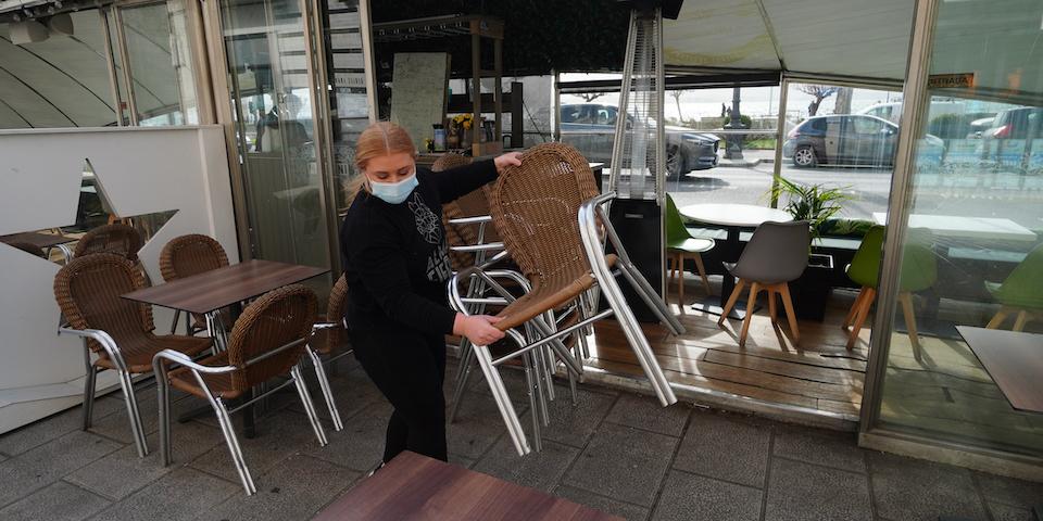Siguen bajando los hospitalizados en Cantabria, que suma un muerto con covid-19