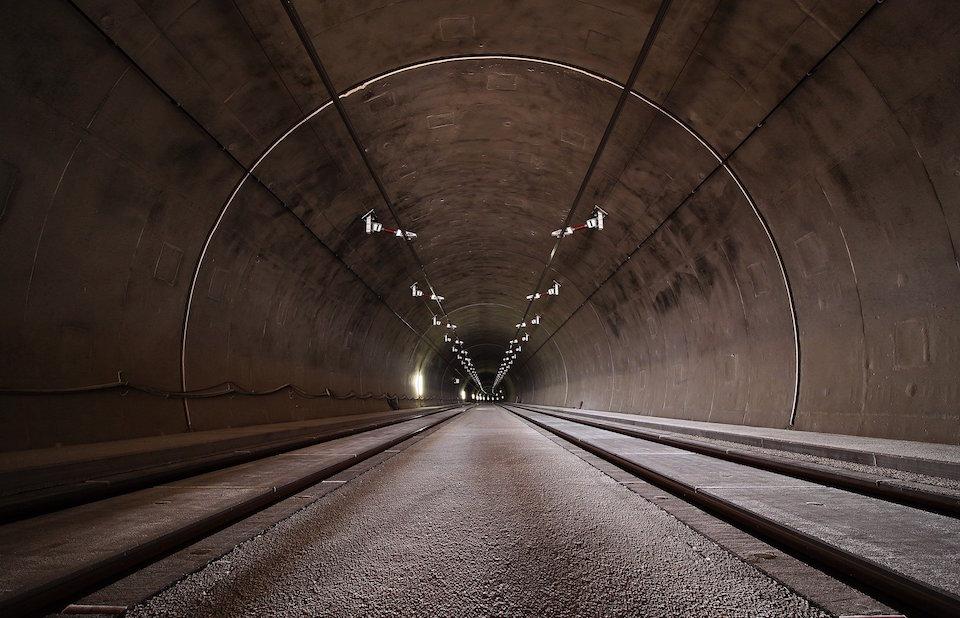 Solicitan recuperar un antiguo túnel para ir de Castro a Bilbao en bicicleta