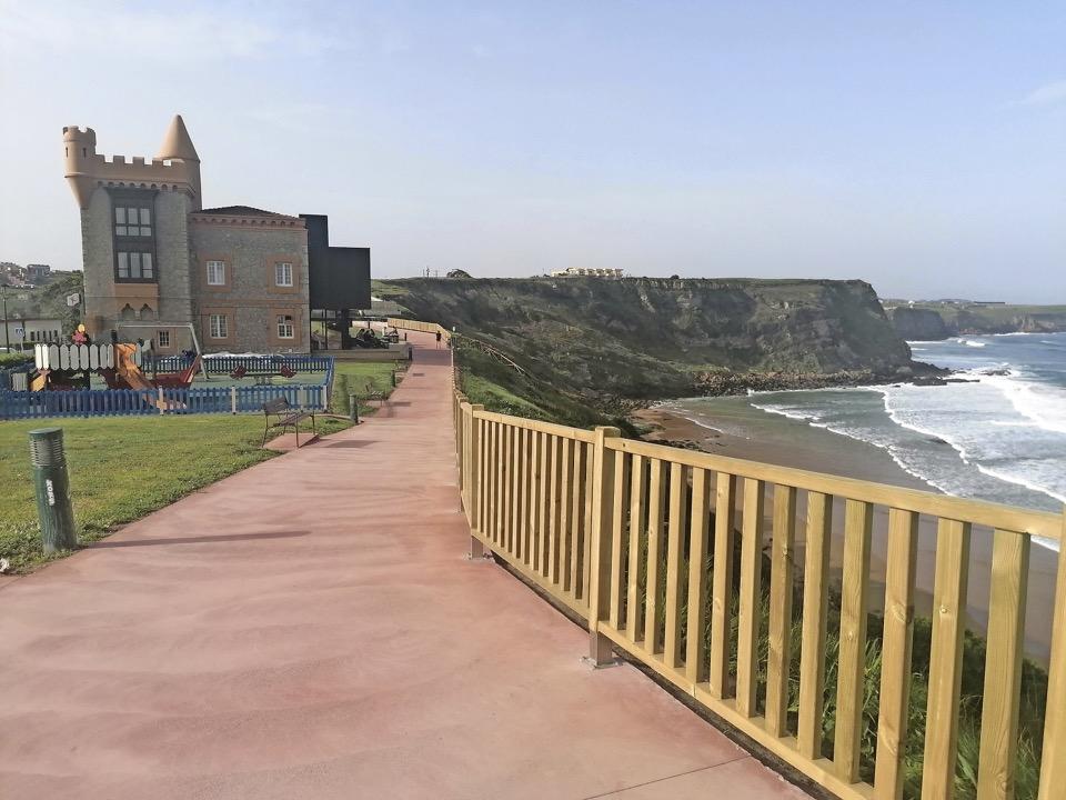 Finaliza la obra de renovación del entorno del mirador de Los Locos