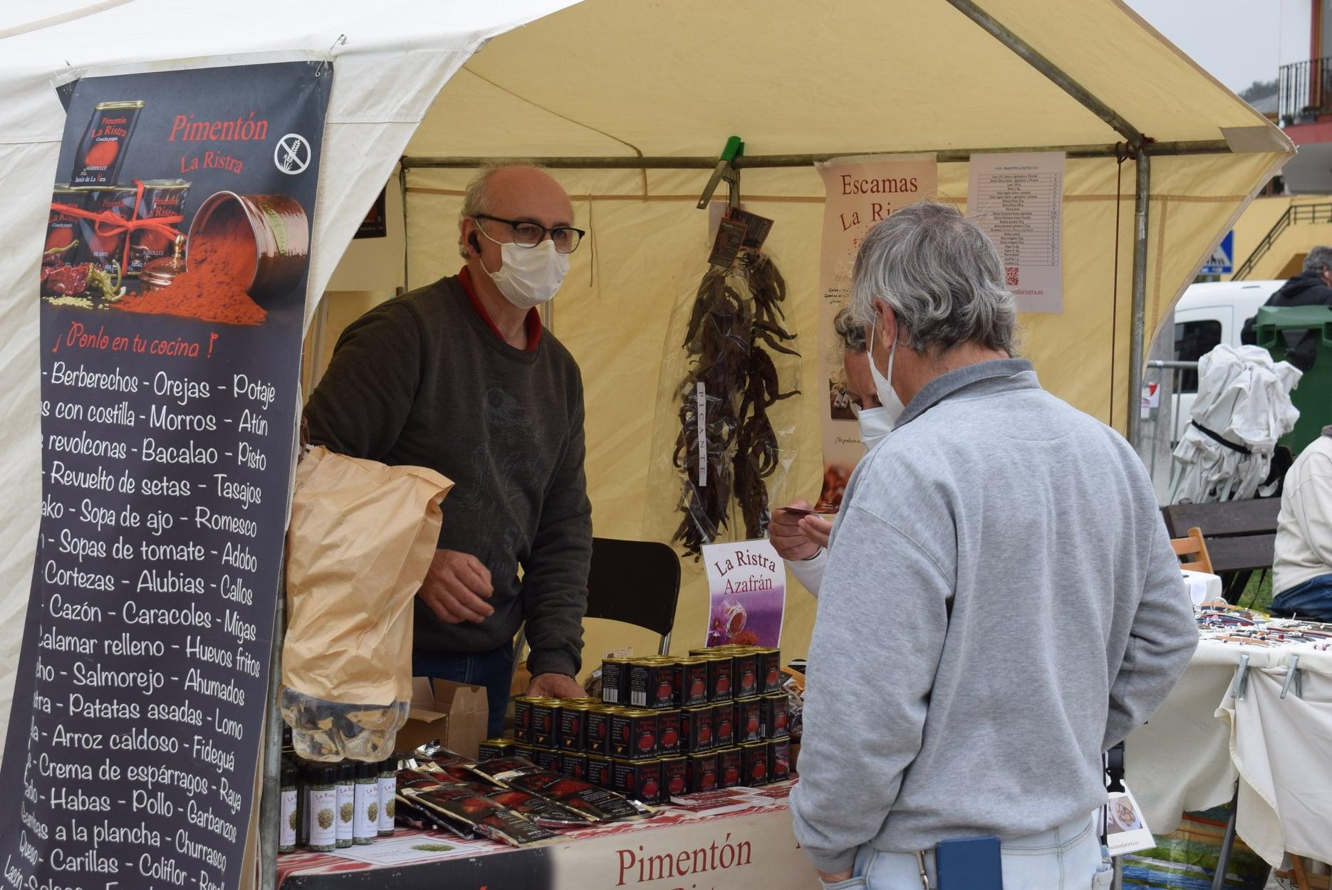 Piélagos amplía el mercado de Liencres a petición de los participantes