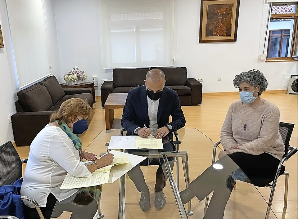 Todos los grupos salvo el PSOE aprueban instar al Gobierno a mejorar las Cercanías