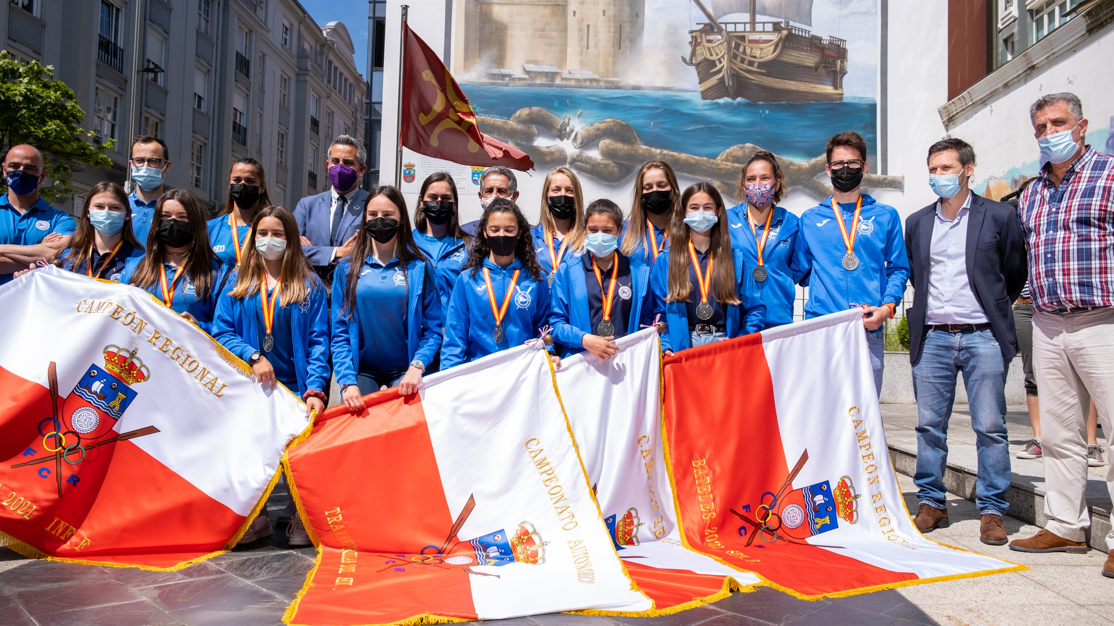 El Gobierno felicita a las remeras de Astillero subcampeonas de España de bateles
