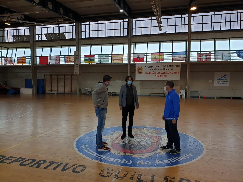 Astillero renovará el parquet del pabellón Guillermo Cortés