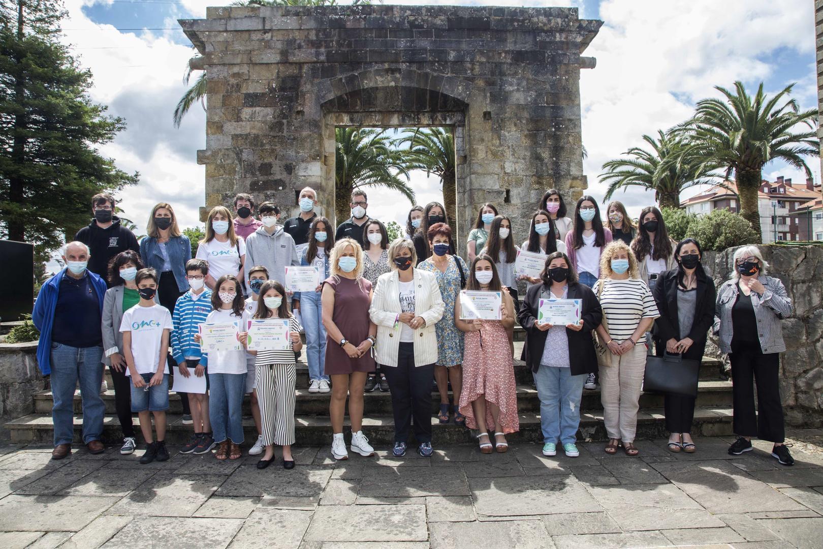 Camargo entrega los premios del concurso de proyectos participativos de la infancia y adolescencia