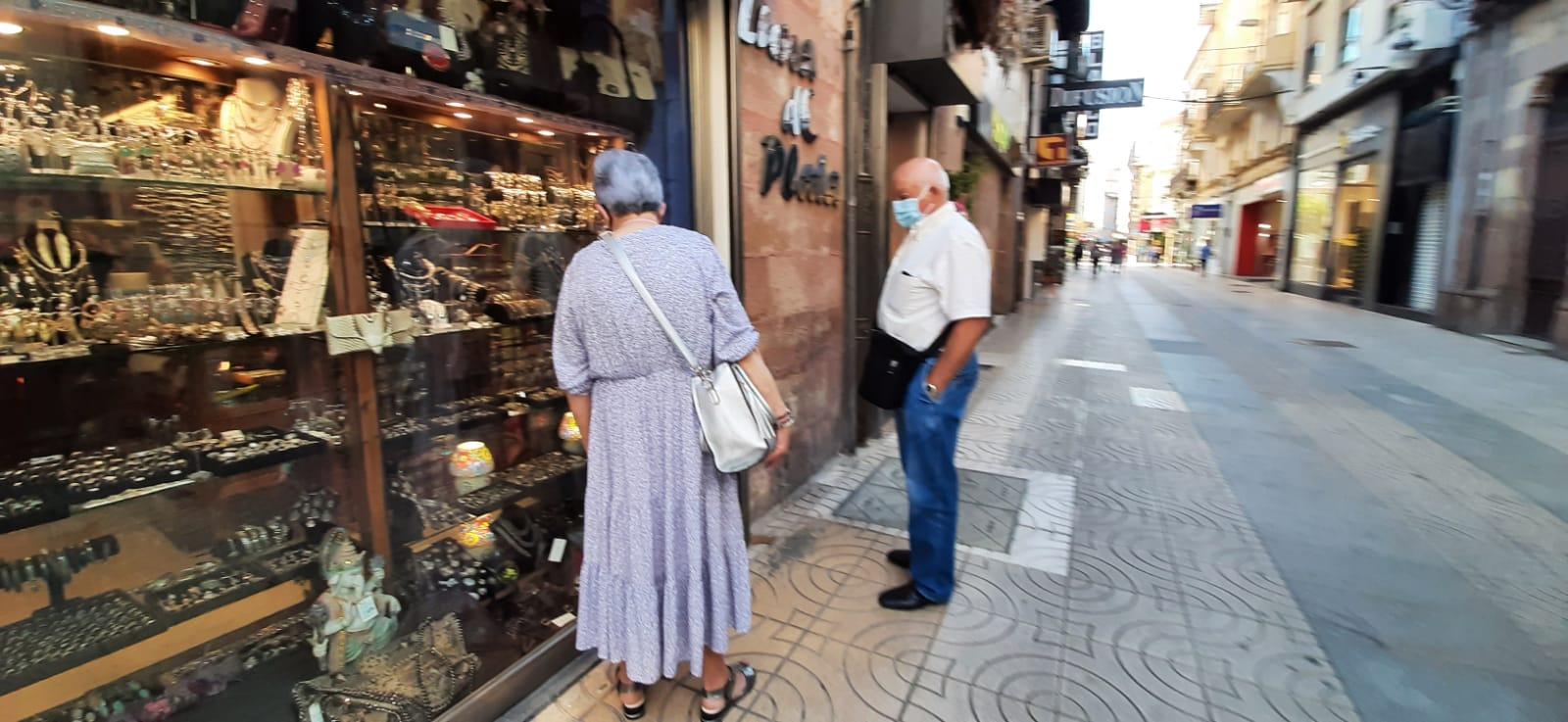 Las calles Ancha, Consolación y Serafín Escalante de Torrelavega participan en el concurso 'Escaparate Compartido'