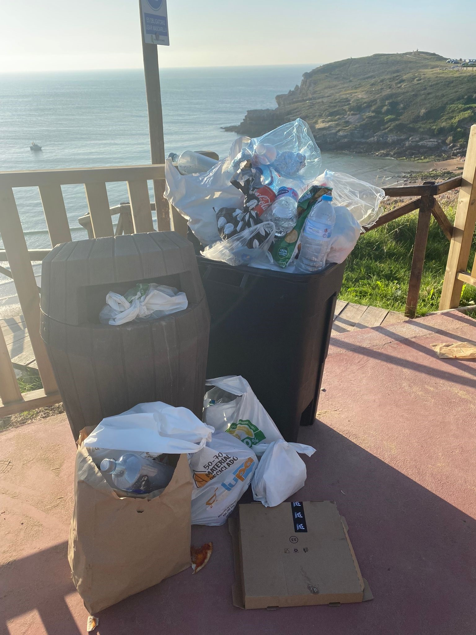 Cs Suances pide más papeleras en el nuevo paseo de la playa de Los Locos
